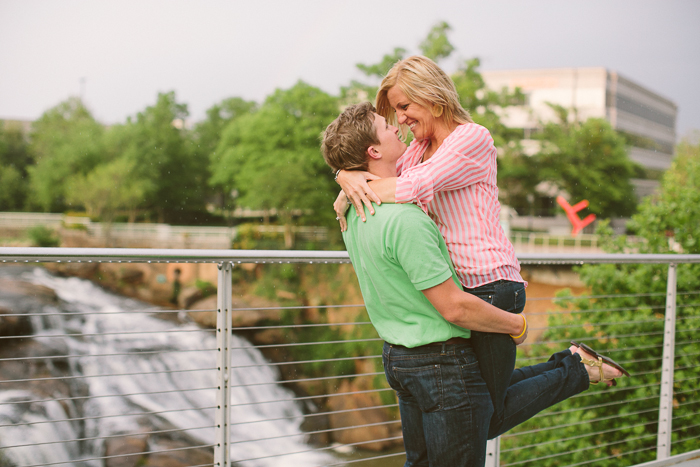 Engagement Pictures downtown Greenville